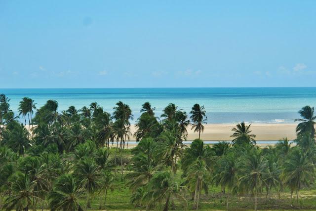 Praia do Xavier, em Camocim, na Rota das Emoções