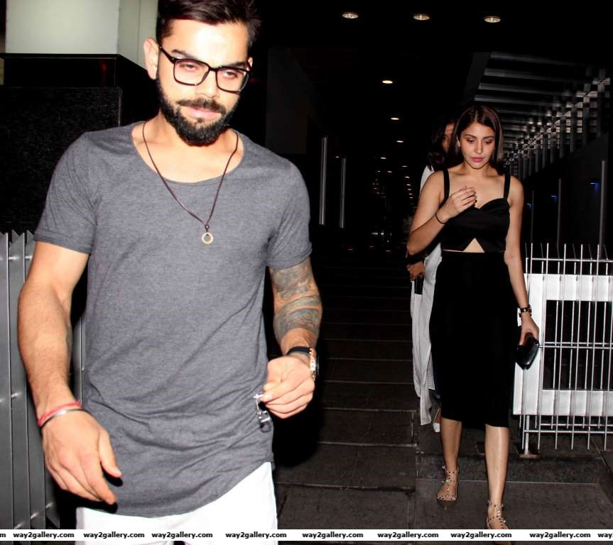 Our shutterbug caught Virat Kohli and Anushka Sharma on a dinner date