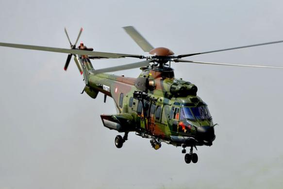 Produk Pesawat dan Helikopter Terbaik Indonesia - Zonanesia