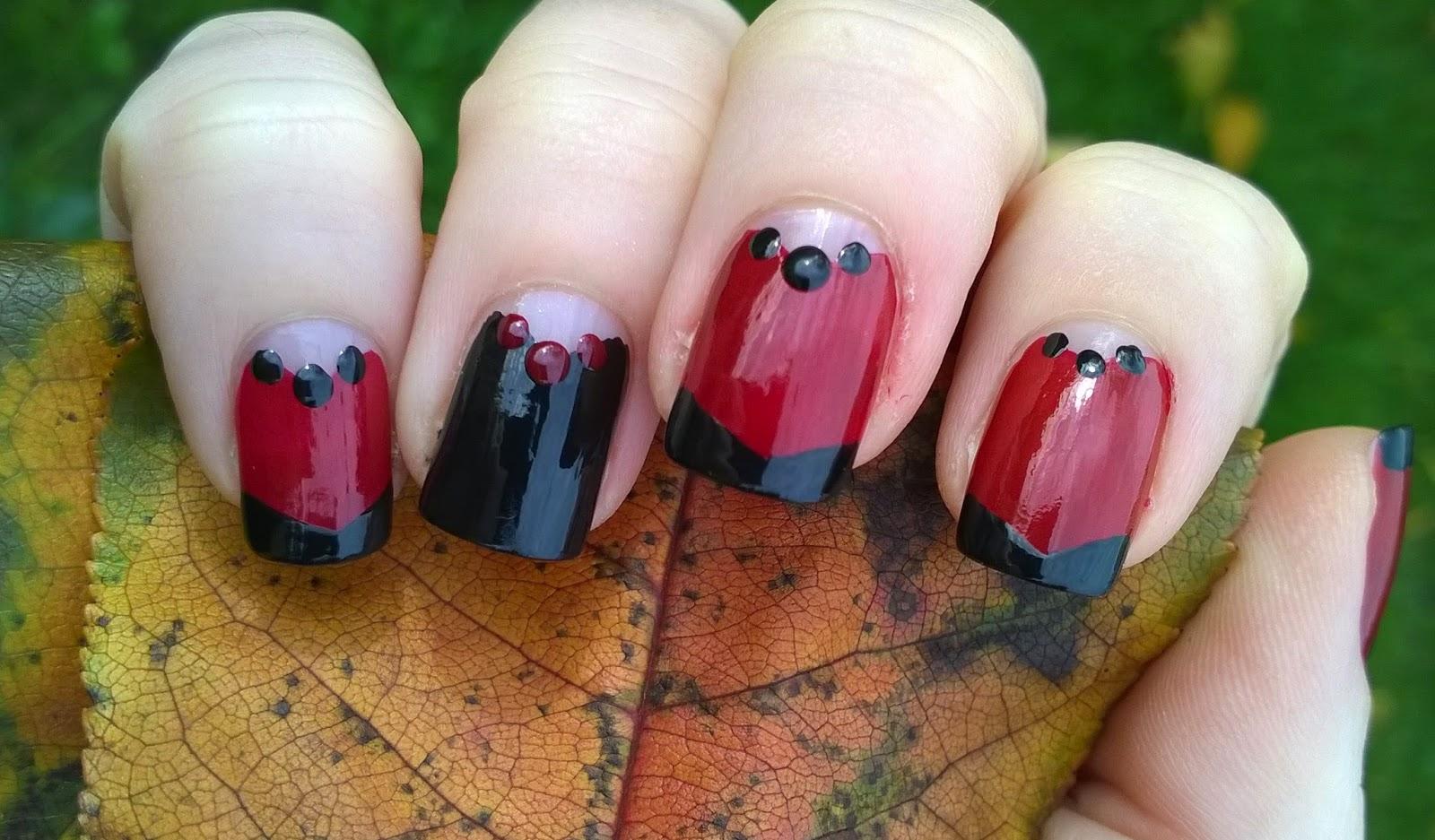Life World Women 2014 Fallwinter Nails Red Black Nail Design
