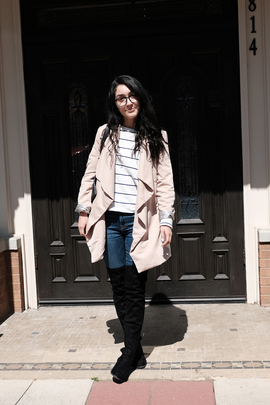 beige trenchcoat spring outfit