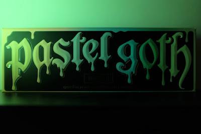 Kat Von D Pastel Goth Palette Review
