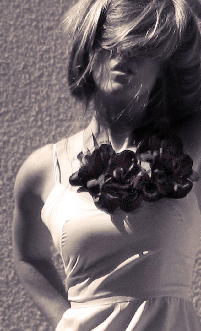 DIY statement floral necklace