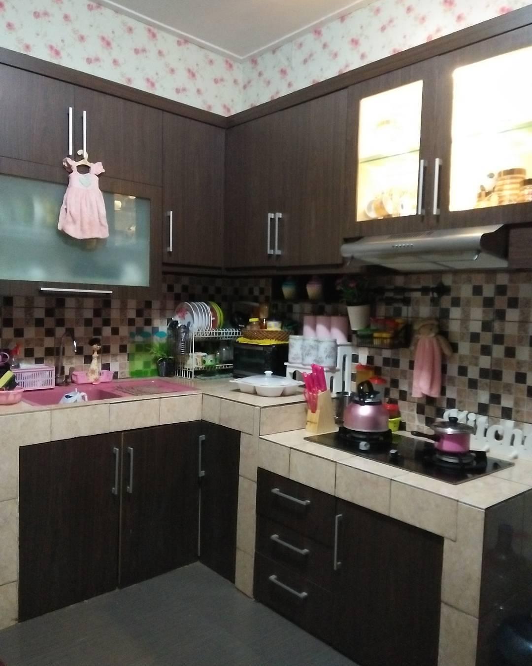 Dekorasi Dapur Cantik Untuk Rumah Mungil Minimalis