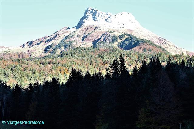 Selva de Oza, Parque natural de los Valles Occidentales, Pirineu Aragonès, colors de tardor, senderisme