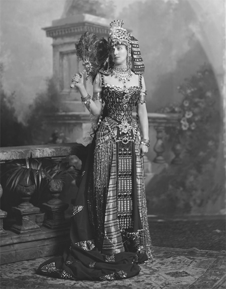 24c65e3336a There is this stunning Cleopatra outfit created by the House of Worth in  1897. I have two different photos of it. And it IS remarkable.