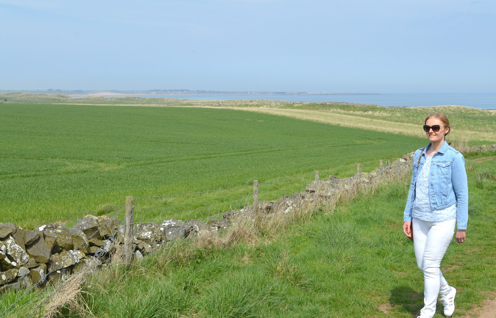 Low Newton to Beadnell - Walking the Coastal Path in Northumberland