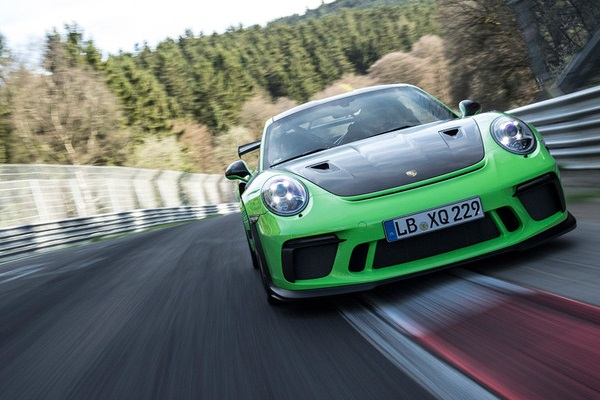 Porsche 911 GT3 RS en el Nürburgring Nordschleife