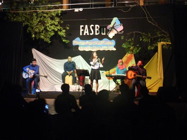 Sweety Days Kenalkan Bossanova Di FASBuK