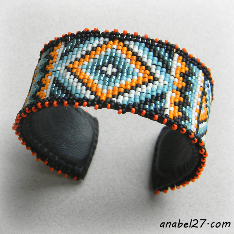 seed bead bracelet beadwork beadweaving jewelry