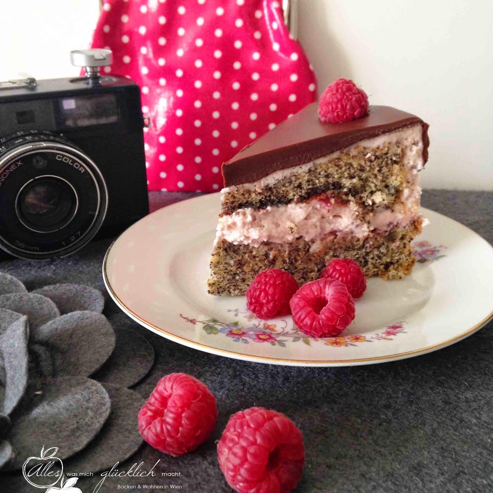 Die 25 Minuten Torte: Mohnbiskuit-Torte mit Ribiselfüllung und Schokoladenglasur