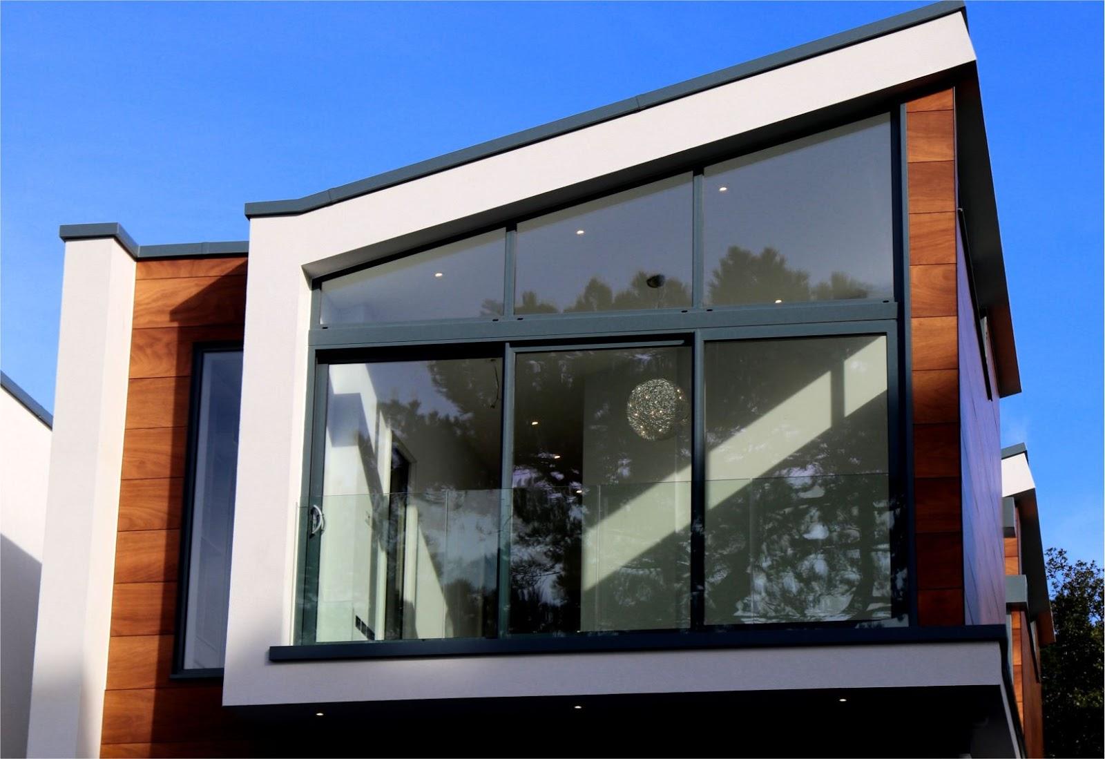 Kelebihan dan kekurangan menggunakan Dinding Kaca sebagai sekat ruangan  rumah - Infoin Aja