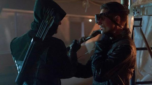 Arrow 1x03 - Lone Gunmen (Easter Eggs & Curiosità)