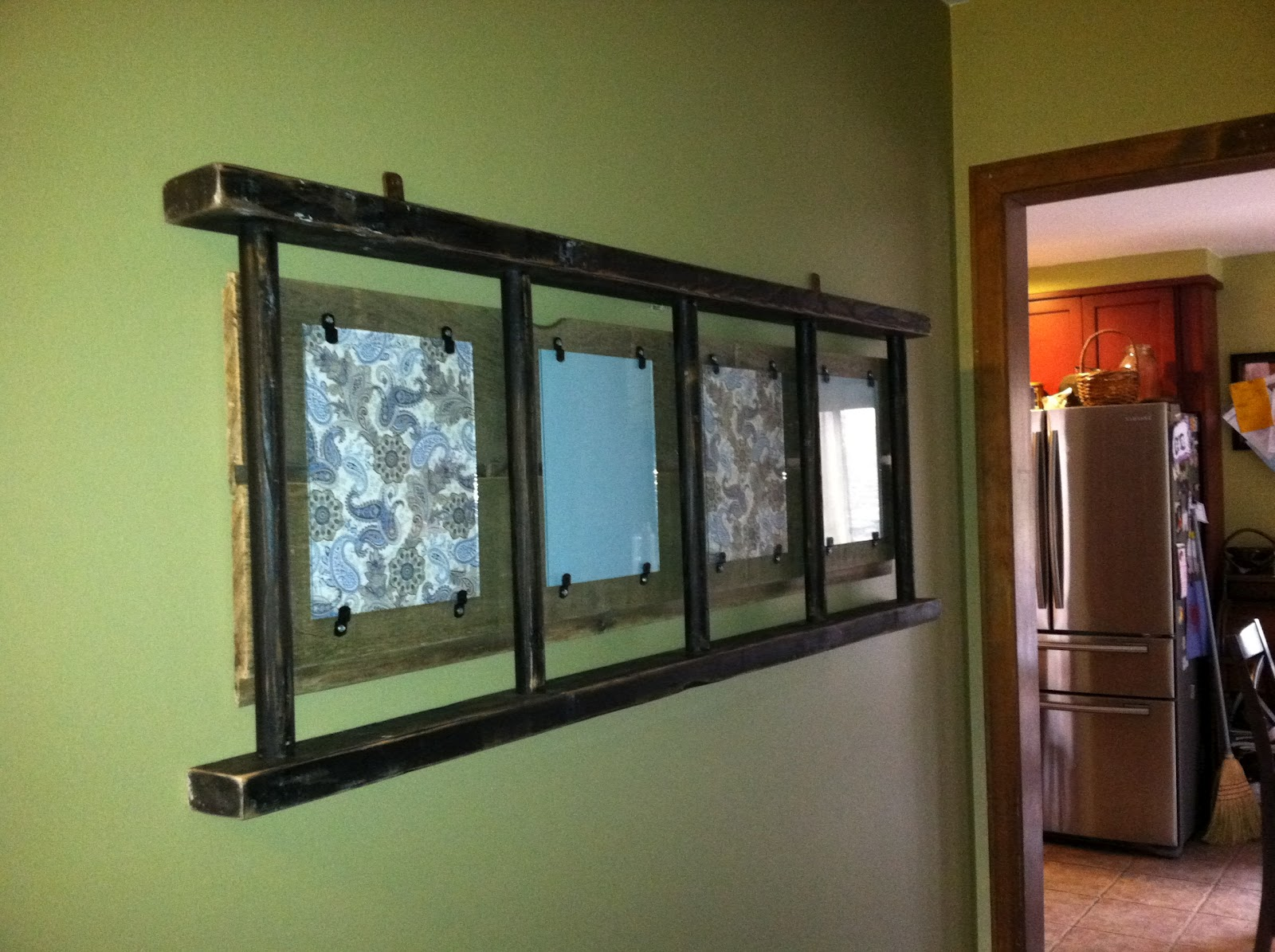 Tx Girl N Ct Ladder Picture Frame