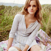 https://2.bp.blogspot.com/-4vQC3A0HazE/VWTEGolACQI/AAAAAAAABss/RjqFohiv5pI/s180-c/emma-watson-people-tree-fair-trade1_g520xx.jpg