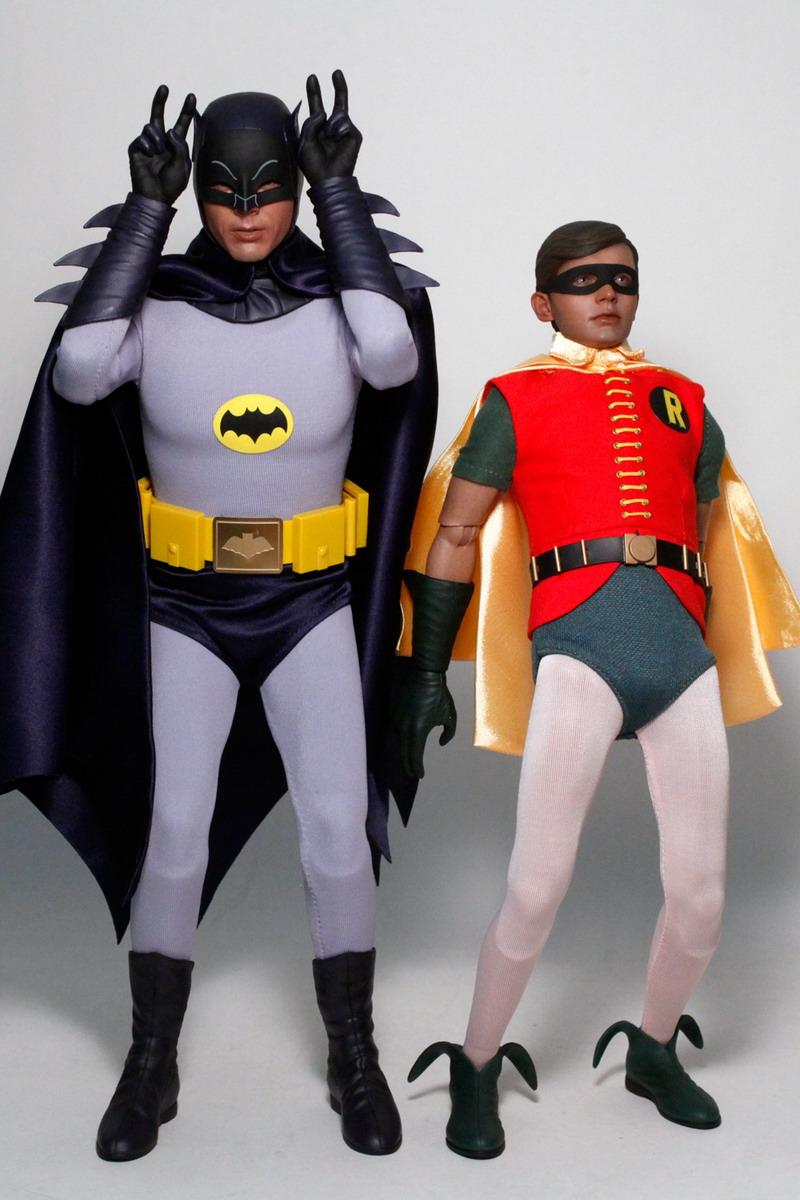 Home: Hot Toys Classic Batman TV Series - BATMAN & ROBIN