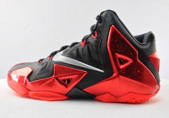 separation shoes e07ca ad040 Nike LeBron XI - Miami Heat  Away