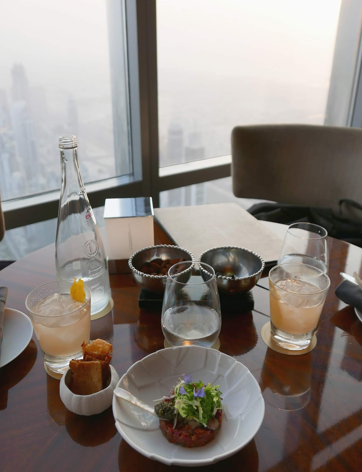 Euriental | luxury travel & style | Atmosphere at Burj Khalifa, Dubai