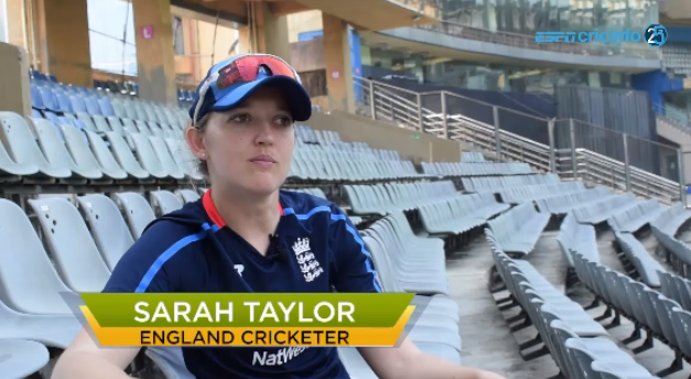 "Is SARAH TAYLOR Participating in IPL 2019 ""I WOULD LOVE TO COME AND PLAY"""