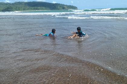 Video Keindahan Pantai Widara Payung Cilacap