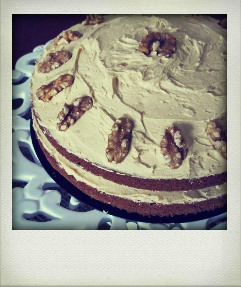 MiNa's Food Adventures: Coffee And Walnut Layer Cake