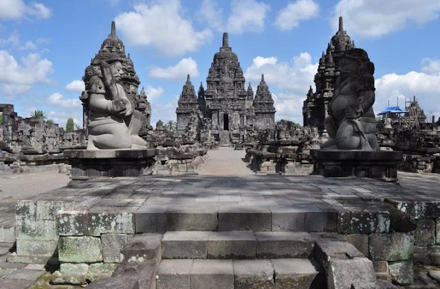 Prambanan Temple Statues