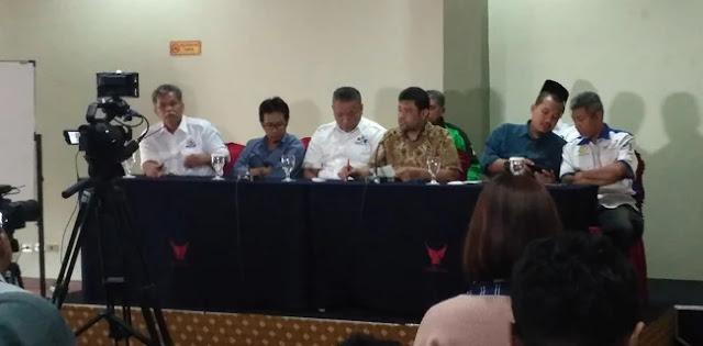 Selama Dipimpin Jokowi, Terjadi Empat Kali PHK Besar-besaran
