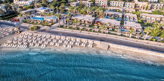 You'll find the superb 5-star SENTIDO Blue Sea Beach Hotel on the beautiful paradise island of Crete, in the heart of the charming Stalis. A gorgeous and affordable hotel, this Blue Sea resort will be your ideal base for your memorable holiday to Crete.