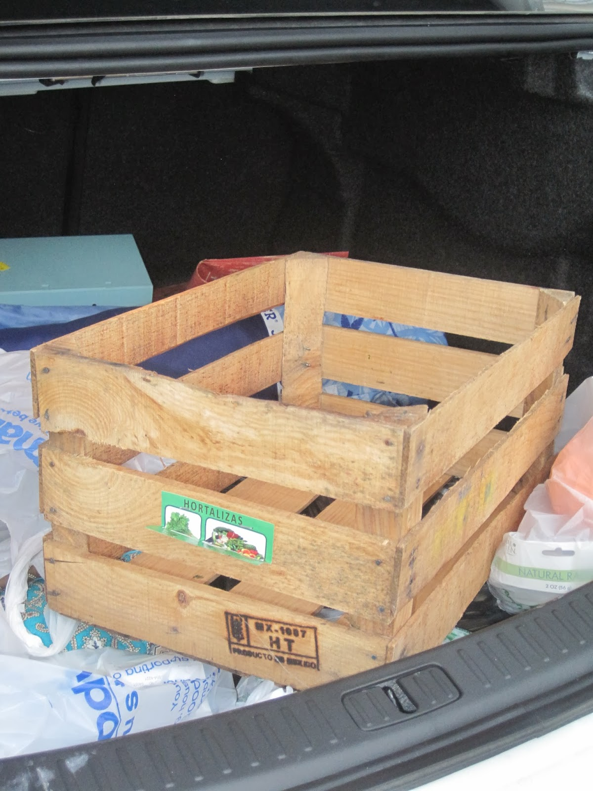 http://decoratedchaos.blogspot.com/2013/10/curbside-rescue-crate-makeover-reveal.html