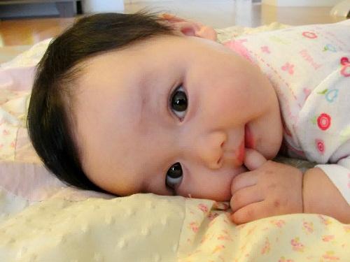 Nama Bayi Perempuan Islami Terbaru 2016