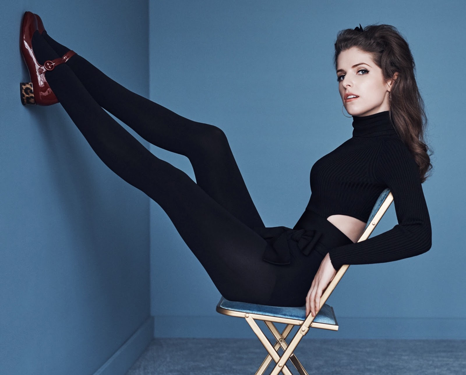 Celebrity legs and feet in tights anna kendricks legs and feet in more of the sexy anna kendrick voltagebd Gallery