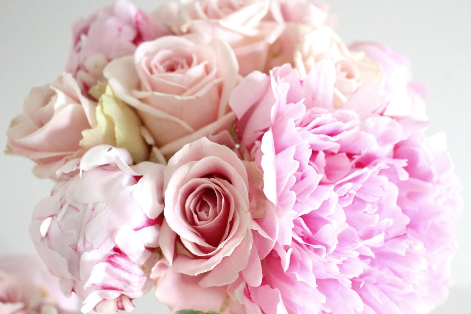 Fleuriste mariage Lyon. Camaïeu de roses