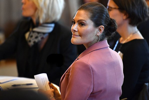 Crown Princess Victoria wore Rodebjer Nera Pink Blazer and Trousers and Xilla silk blouse, wore By Malene Birger pumps, Valentino shoulder bag