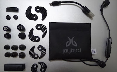 Jaybird Freedom Wireless F5 - Carbon packaging contents