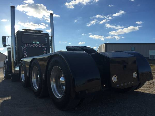 2006 Peterbilt 379 Four Axle Day Cab Auto Restorationice