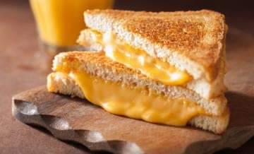 طريقة-عمل-خبز-الجبن-المشوي-الشهي-المحمص