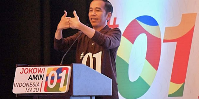 Presiden Jokowi Memperkenalkan Kampanye Salam Satu Jempol Mengantikan Jari Telunjuk