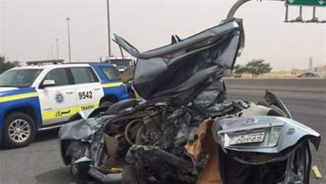 حادث مروع .. تصادم سيارات في منطقة العاشر من رمضان .. و النتائج محزنة جداً
