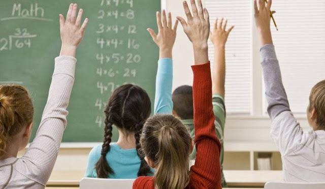 Στις 9  θα χτυπάει το κουδούνι από τη νέα σχολική χρόνια για Γυμνάσια και Λύκεια