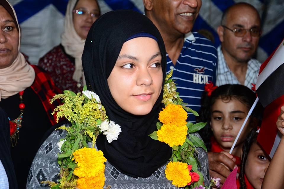 بالصور .. نادى العزيمه للمعاقين بالإسماعيلية يكرم بطلة الاوليمبياد سارة سمير بنت الاسماعيلية
