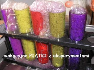 http://karolowamama.blogspot.com/2016/06/wakacyjne-piatki-z-eksperymentami.html