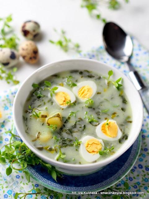 zalewajka z czosnkiem niedzwiedzim, zupa na zakwasie, zalewajka czosnkowa, zupa wiosenna, zakwas na zur, wielkanoc, zupy, zupa domowa, czosnek niedzwiedzi, zielenina, rosliny jadalne