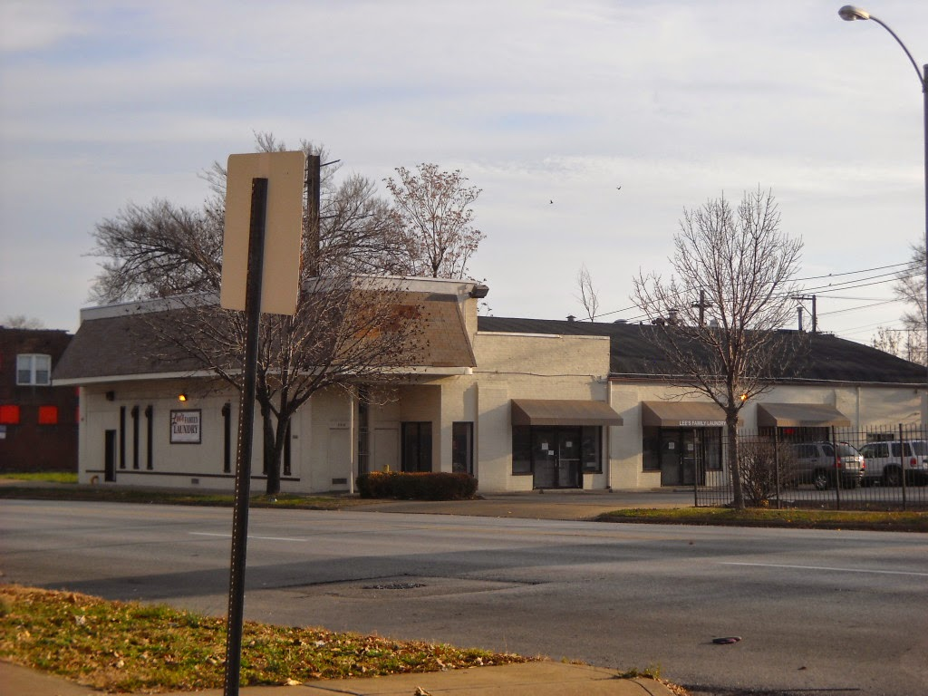 Old Grocery Stores: Former Kroger - 3316 Union - St  Louis