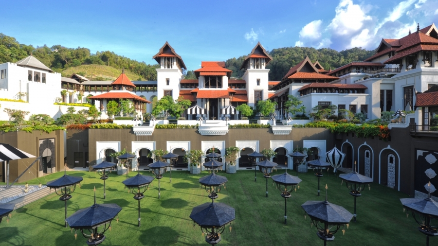 Royal Terengganu Istana Syarqiyyah Malaysia Most Surreal Palace Ever