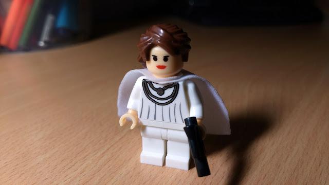 Мон Мотма фигурка лего Звездные войны купить