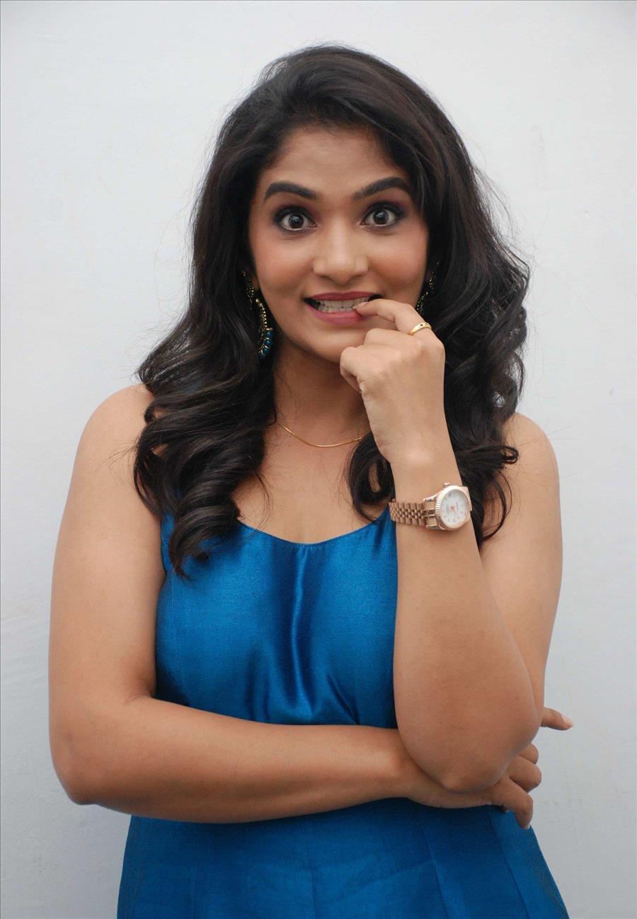 Beautiful Indian Girl Ranchi Kannada In Hot Blue Dress