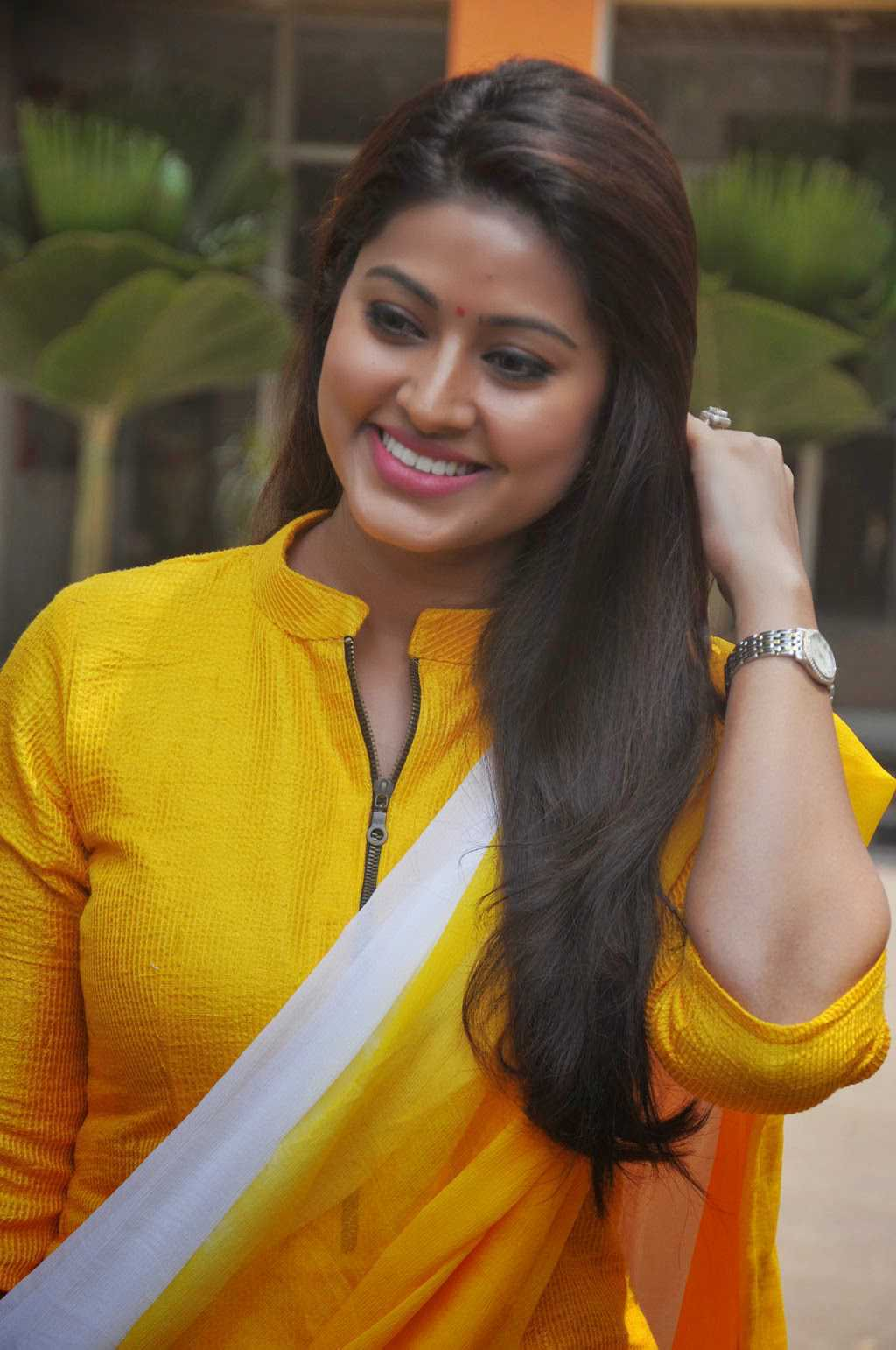 Tamil Actress Sneha Stills In Yellow Dress