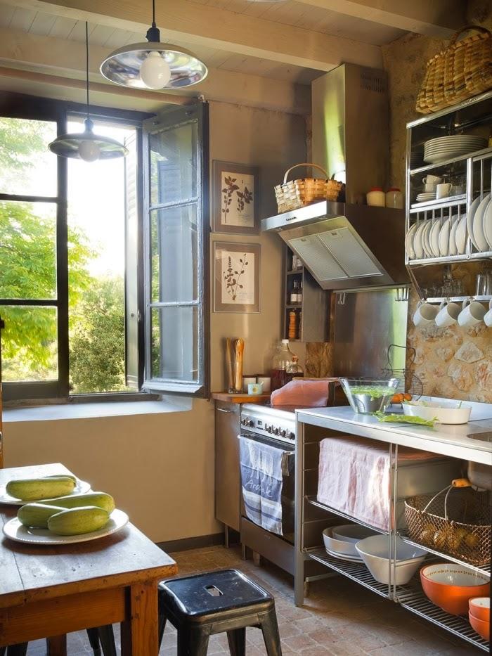 Cudowny, rustykalny dom w dawnej szkole, wystrój wnętrz, wnętrza, urządzanie domu, dekoracje wnętrz, aranżacja wnętrz, inspiracje wnętrz,interior design , dom i wnętrze, aranżacja mieszkania, modne wnętrza, stary dom, dom po remoncie, styl rustykalny, kamienne mury, vinatage, kuchnia