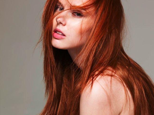 Redhead Post 32