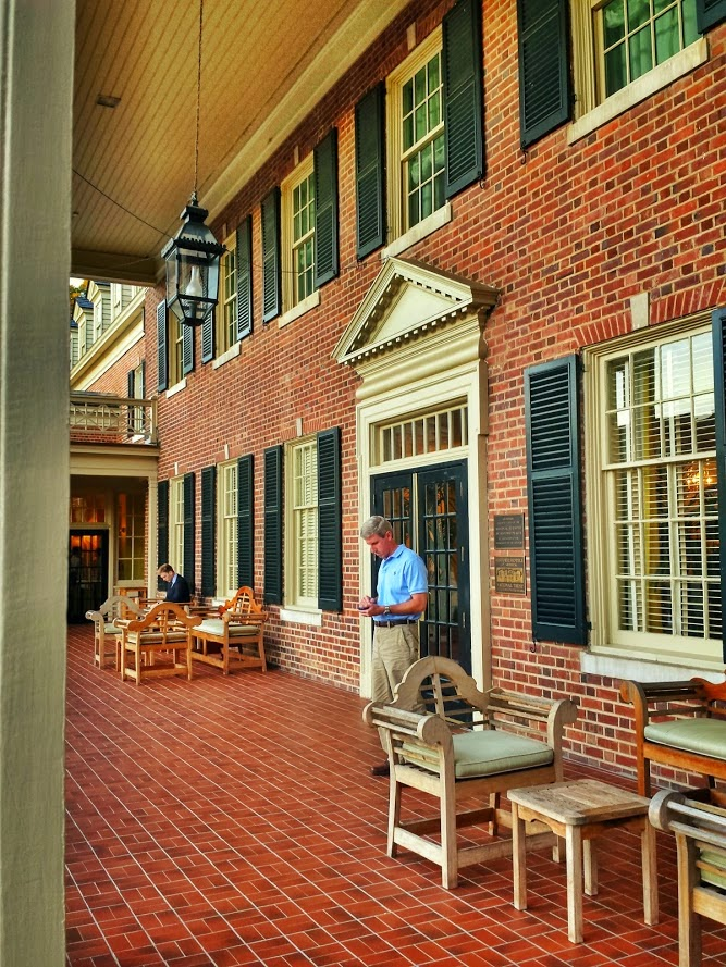 Southern Hotel, The Carolina Inn, Southern porches